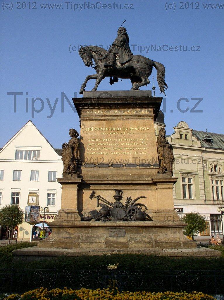 Socha Jiří z Poděbrad